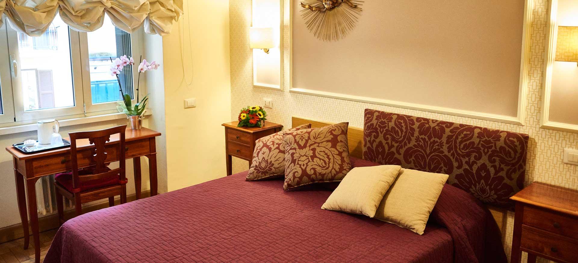 chambre d 39 h te rome vatican hote italia. Black Bedroom Furniture Sets. Home Design Ideas