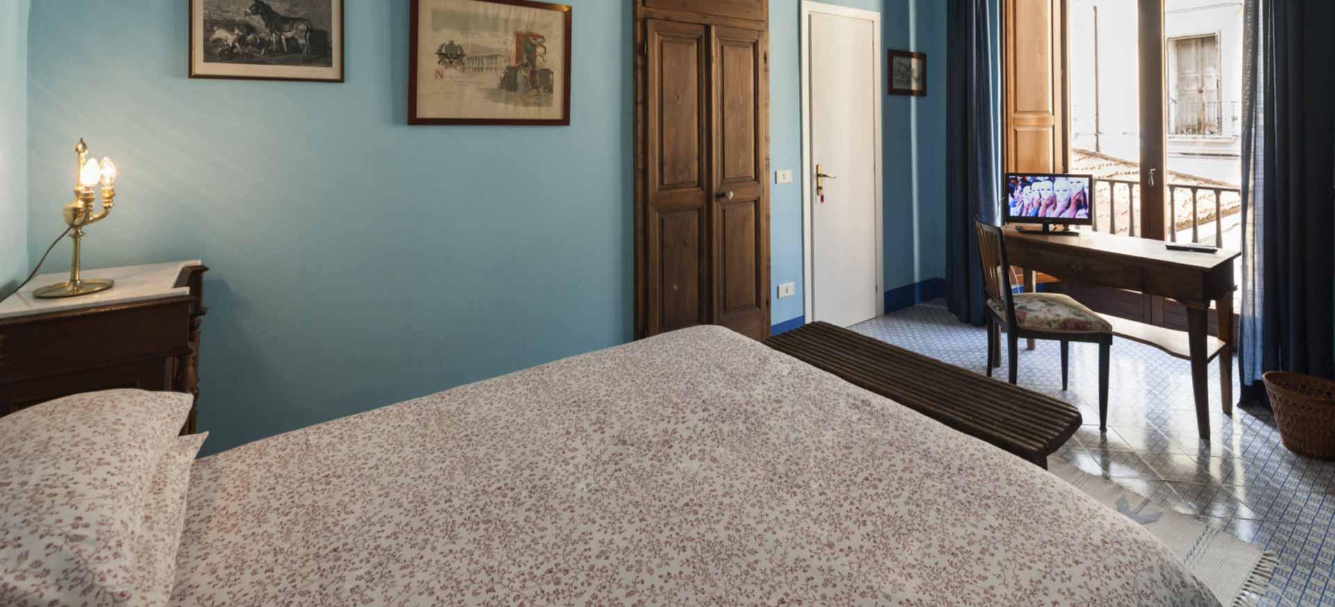 chambre d 39 h te venafro molise hote italia. Black Bedroom Furniture Sets. Home Design Ideas