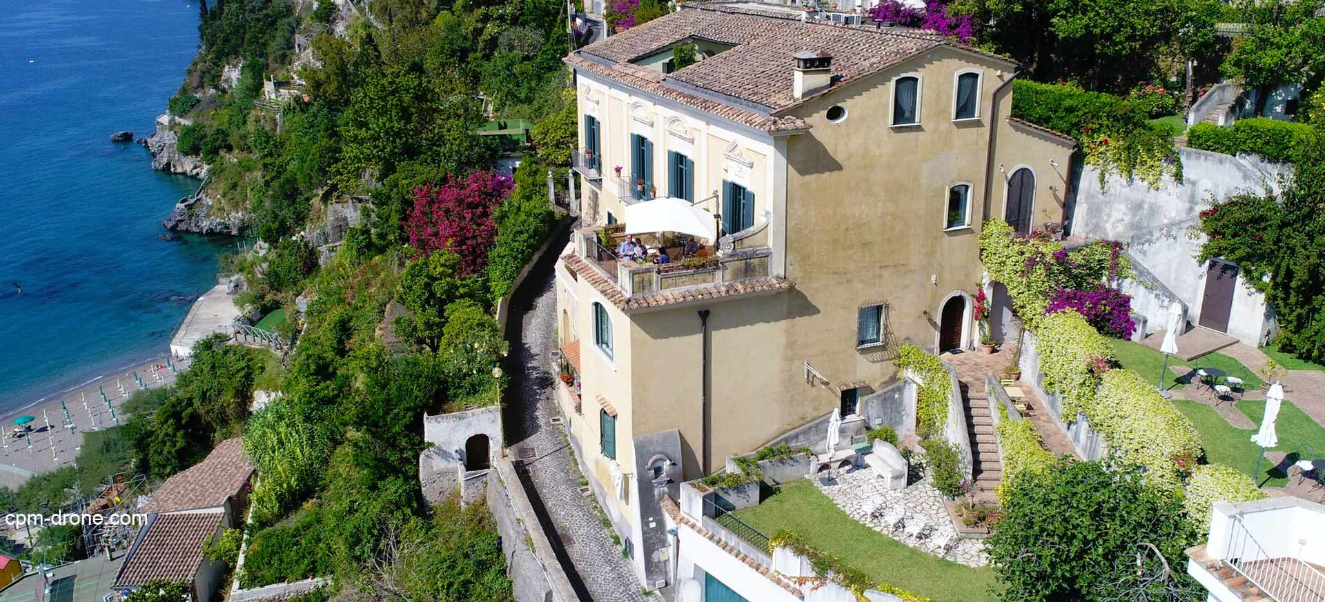 naples c te amalfitaine chambres d 39 h tes et hotels de charme hote italia. Black Bedroom Furniture Sets. Home Design Ideas